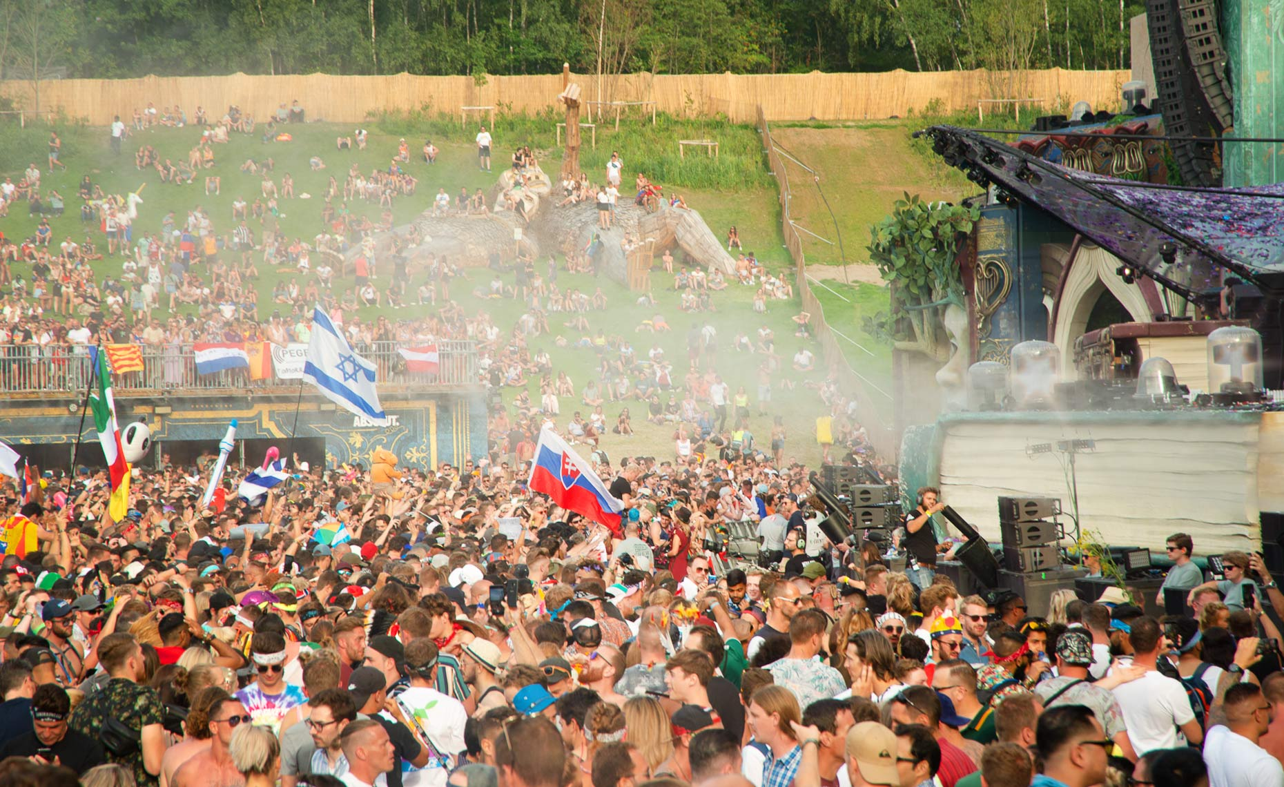 TomorrowLand_449