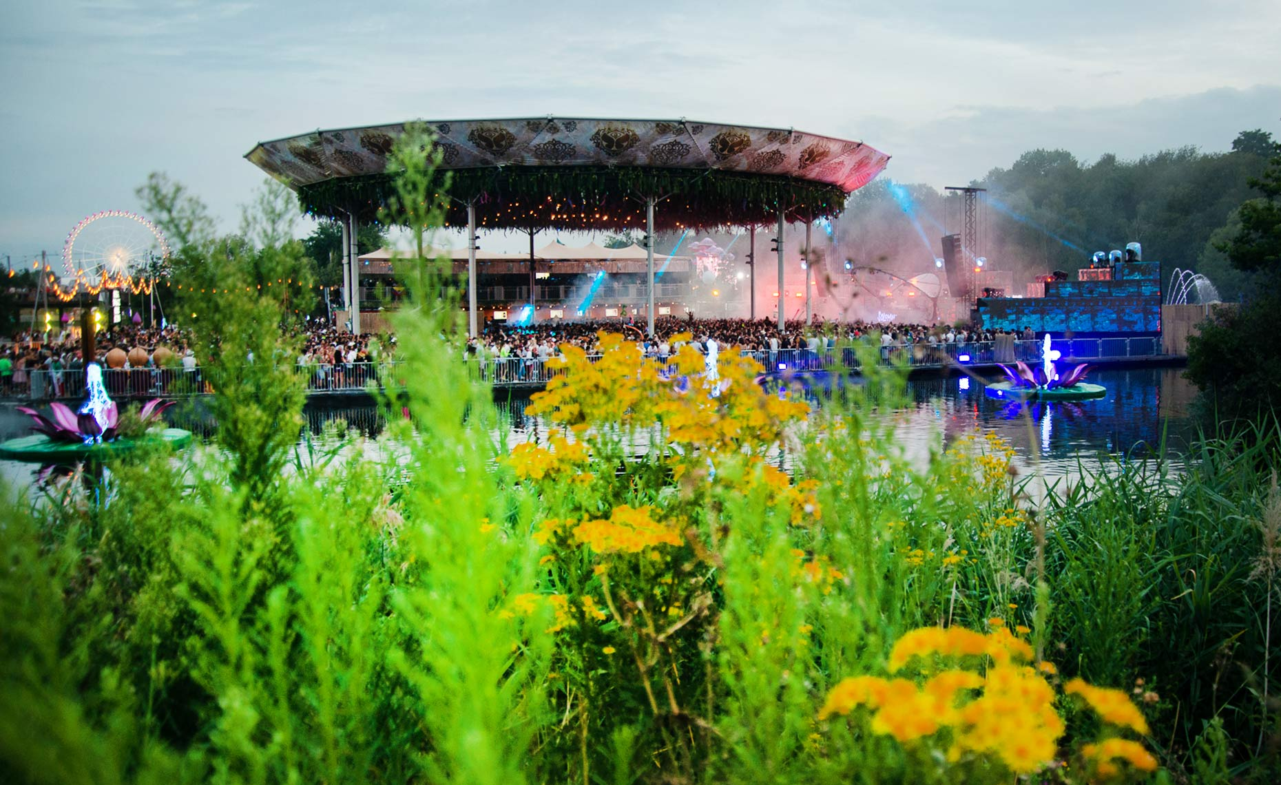 TomorrowLand_630